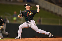 Cedar Rapids Kernels pitcher Albert Minnis (41) delivers a pitch during a game against the Quad Cities River Bandits on August 19, 2014 at Perfect Game Field at Veterans Memorial Stadium in Cedar Rapids, Iowa.  Cedar Rapids defeated Quad Cities 5-3.  (Mike Janes/Four Seam Images)