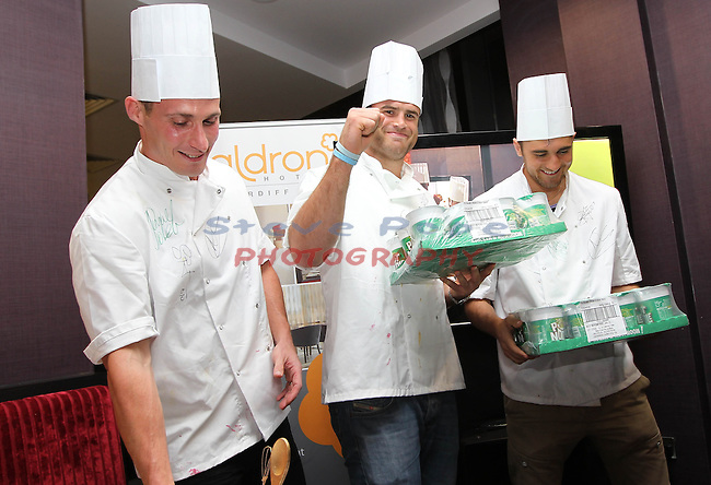 Ty Hafan Celebrity Chef.Simon Jones, Jamie Roberts & Nathan Cleverly.Maldron Hotel.26.09.12.©Steve Pope