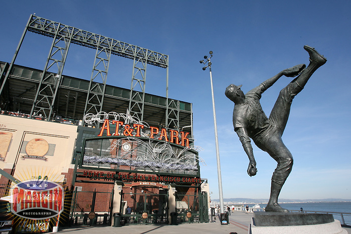 SAN FRANCISCO - MARCH 29:  Juan Marichal statue. Exterior view of AT&T Park, home of the San Francisco Giants and the site of the 2007 Major League Baseball All-Star Game, during the game between the Seattle Mariners and San Francisco Giants at AT&T Park in San Francisco, California on March 29, 2007.  (Photo by Brad Mangin)
