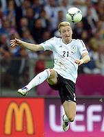 FUSSBALL  EUROPAMEISTERSCHAFT 2012   HALBFINALE Deutschland - Italien              28.06.2012 Marco Reus (Deutschland) Einzelaktion am Ball