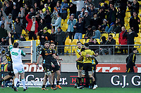 The Hurricanes celebrate Ben Lam's try during the Super Rugby quarterfinal match between the Hurricanes and Chiefs at Westpac Stadium in Wellington, New Zealand on Friday, 20 July 2018. Photo: Dave Lintott / lintottphoto.co.nz