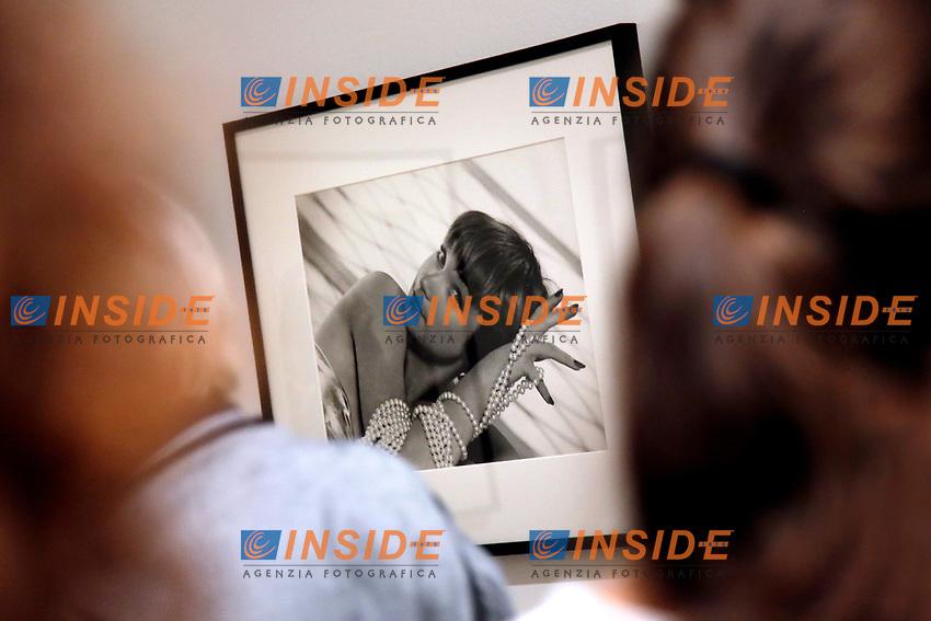 Shirley MacLaine<br /> Roma 23/06/2017. Palazzo delle Esposizioni. Mostra 'Hollywood Icons', 160 ritratti dei piu' grandi attori della storia di Hollywood dagli anni '20 in poi.<br /> Rome June 23rd 2017. Photography Exhibition 'Hollywood Icons', 160 portraits of the most famous Hollywood stars of the last century, since the silent films of the 20's.<br /> Foto Samantha Zucchi Insidefoto