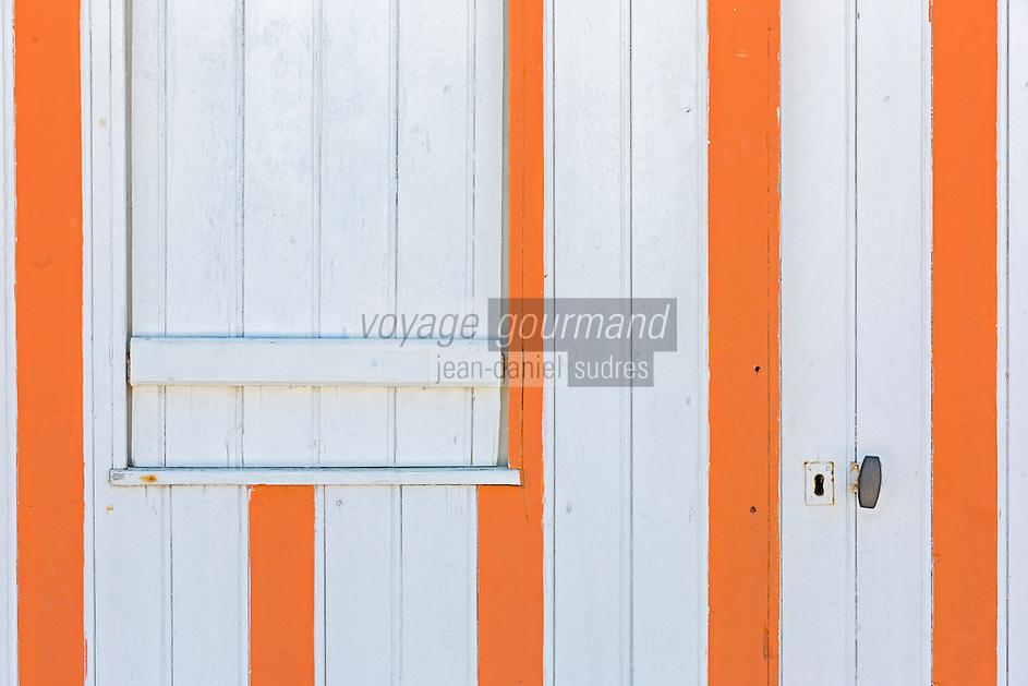 France, Calvados (14), Côte Fleurie, Houlgate:  Détail cabine de  plage   //  France, Calvados, Côte Fleurie, Houlgate:  detail Beach cabin