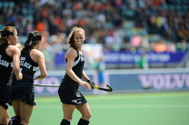 The Hague, Netherlands, May 31: Petrea Webster #6 of New Zealand celebrates after her team scored a goal during the field hockey group match (Group A) between New Zealand´s Black Sticks and Belgium on May 31, 2014 during the World Cup 2014 at Kyocera Stadium in The Hague, Netherlands. Final score 4:3 (3:0) (Photo by Dirk Markgraf / www.265-images.com) *** Local caption ***