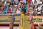 30.05.2015, Moskau, Vodny Stadion<br /> Moskau Grand Slam, Main Draw / Halbfinale<br /> <br /> Block Viktoria Orsi Toth (#2 ITA) - Madelein Meppelink (#2 NED)<br /> <br />   Foto © nordphoto / Kurth