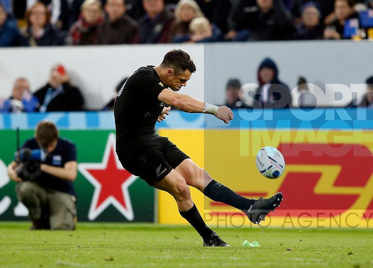 Daniel Carter of New Zealand - Rugby World Cup 2015 - Pool C - New Zealand vs Tonga - St James' Park Stadium - Newcastle - England - 9th October 2015 - Picture Simon Bellis/Sportimage