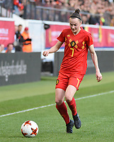 20180406 - LEUVEN , BELGIUM : Belgian Elke Van Gorp pictured during the female soccer game between the Belgian Red Flames and Portugal , the fourth game in the qualificaton for the World Championship qualification round in group 6 for France 2019, Friday 6 th April 2018 at OHL Stadion Den Dreef in Leuven , Belgium. PHOTO SPORTPIX.BE | DIRK VUYLSTEKE
