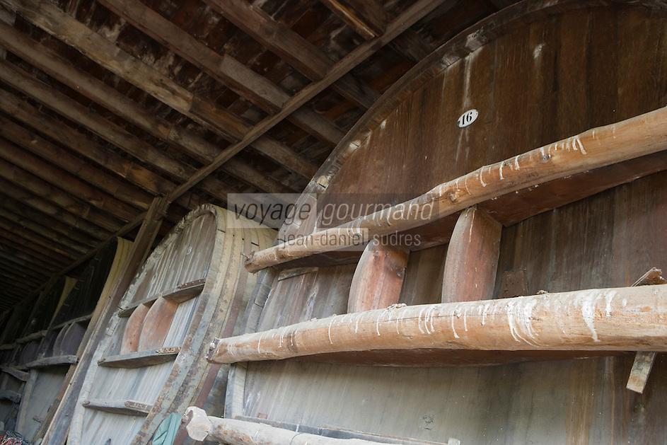 Europe/France/2A/Corse du Sud/A.O.C. Sartène : Philippe Farinelli  Domaine de Sarapale AOC Sartène - l 'ancien  cuvier en bois