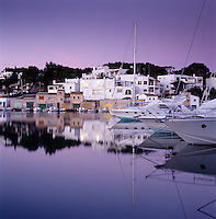 Spain, Mallorca, Cala D'or: Marina at Dusk | Spanien, Mallorca, Cala D'or: Yachthafen am Abend