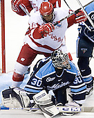 Robbie Earl, Ben Bishop - The University of Wisconsin Badgers defeated the University of Maine Black Bears 5-2 in their 2006 Frozen Four Semi-Final meeting on Thursday, April 6, 2006, at the Bradley Center in Milwaukee, Wisconsin.  Wisconsin would go on to win the Title on April 8, 2006.