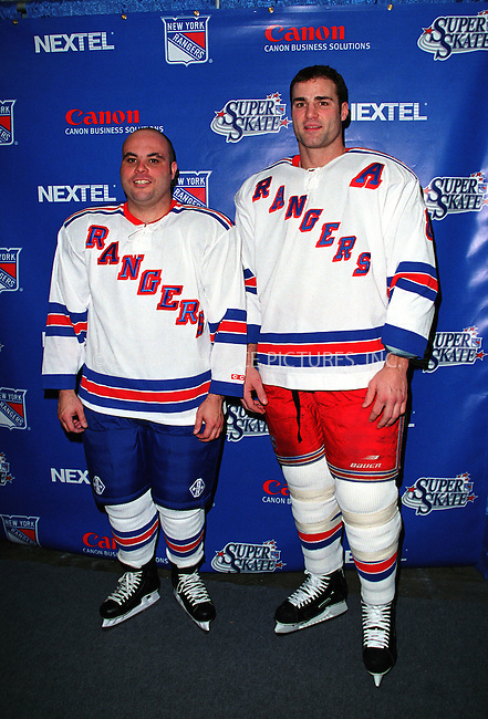 * WORLD SYNDICATION RIGHTS *  ..NY Ranger ERIC LINDROS (right) at the Fourth Annual Superskate 2002 Charity Hockey Event at Madison Square Garden in New York. January 19, 2002.  © 2002 by Alecsey Boldeskul.  ONE-TIME REPRODUCTION RIGHTS.