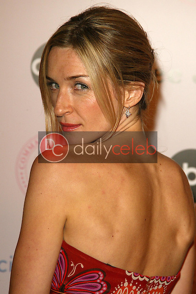 """Ever Carradine<br />at the """"Commander in Chief"""" Inaugural Ball and Premiere Screening. Regent Beverly Wilshire, Beverly Hills, CA 09-21-05<br />Jason Kirk/DailyCeleb.com 818-249-4998"""