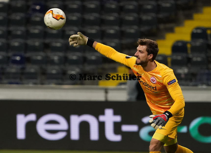 Torwart Kevin Trapp (Eintracht Frankfurt) - 12.03.2020: Eintracht Frankfurt vs. FC Basel, UEFA Europa League, Achtelfinale, Commerzbank Arena<br /> DISCLAIMER: DFL regulations prohibit any use of photographs as image sequences and/or quasi-video.