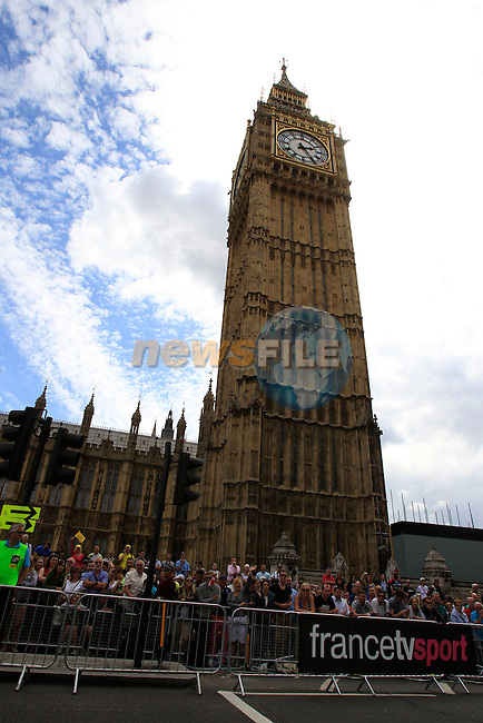Huge crowds await the riders at Big Ben at the end of Stage 3 of the 2014 Tour de France running 155km from Cambridge to London. 7th July 2014.<br /> Picture: Eoin Clarke www.newsfile.ie
