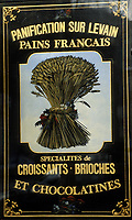 """Europe/France/Ile-de-France/Paris: """"BELLE EPOQUE"""" - Boulangerie """"Le Moulin de la Vierge"""" 55 Boulevard Garibaldi<br /> PHOTO D'ARCHIVES // ARCHIVAL IMAGES<br /> FRANCE 1990"""