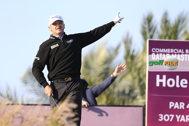 Paul Lawrie (SCO) tees off the 16th tee during Saturday's Final Round of the 2016 Commercial Bank Qatar Masters held at the Doha Golf Club, Doha, Qatar. 30th January 2016.<br /> Picture: Eoin Clarke | Golffile<br /> <br /> <br /> All photos usage must carry mandatory copyright credit (&copy; Golffile | Eoin Clarke)