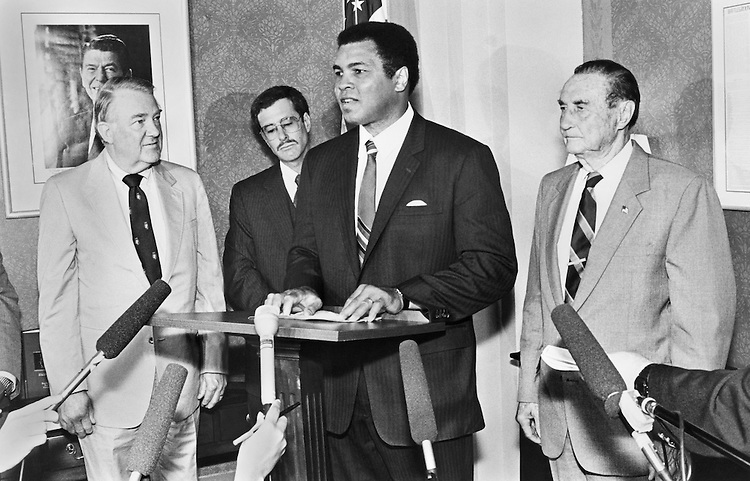 "Sen. James Strom Thurmond, R-S.C., Edwin ""Ed"" Meese, III, R-US., Attorney General, Muhammad Ali and Stephen Saltsburg, Deputy Assistant Attorney Journal Criminal Office. (Photo by Andrea Mohin/CQ Roll Call)"