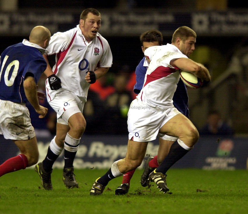 Photo. Richard Lane. .England v France at Twickenham. RBS Six Nations Championship. 15/02/2003.Ben Cohen attacks.