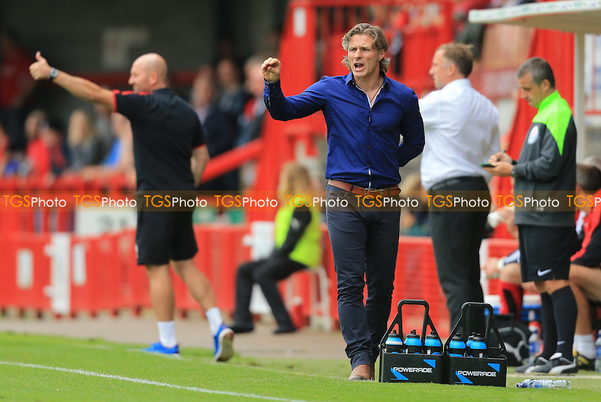 Wycombe Wanderers manager Gareth Ainsworth barks orders during Crawley Town vs Wycombe Wanderers, Sky Bet League 2 Football at Broadfield Stadium, Crawley, England on 29/08/2015