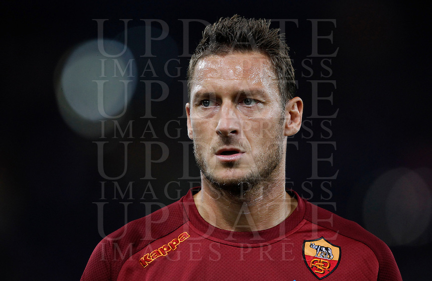 Calcio, Serie A: Roma vs Sampdoria. Roma, stadio Olimpico, 26 settembre 2012..AS Roma forward Francesco Totti looks on prior to the start of the Italian Serie A football match between AS Roma and Sampdoria at Rome's Olympic stadium, 26 September 2012..UPDATE IMAGES PRESS/Isabella Bonotto