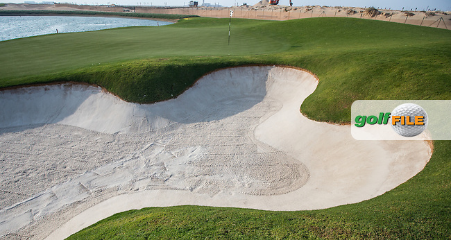 View of the right-side green bunker on the 16th at Al Zorah Golf Club, Dubai, United Arab Emirates.  26/01/2016. Picture: Golffile | David Lloyd<br /> <br /> All photos usage must carry mandatory copyright credit (&copy; Golffile | David Lloyd)