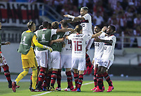 BARRANQUILLA, COLOMBIA - MARCH 04: Flamengo's players celebrate after scoring during the group A match of Copa CONMEBOL Libertadores between Junior and Flamengo at Estadio Metropolitano on March 4, 2020 in Barranquilla, Colombia. (Photo by Daniel Munoz/VIEW press via Getty Images)