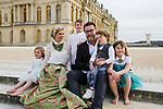 EMBARGOED FOR WEB AND APPS IN FRANCE UNTIL MAY 14, 2016 - Exclusive - Tori Spelling with her husband Dean McDermott and their children Finn Davey, Liam Aaron, Stella Doreen, Hattie Margaret visit the Chateau de Versailles, Versailles, France on April 20, 2016. Photo by ABACAPRESS.COM  | 543701_051 Versailles France