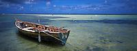 France/DOM/Martinique/Le Vauclin/Pointe Faula: Les fonds blancs et bateau