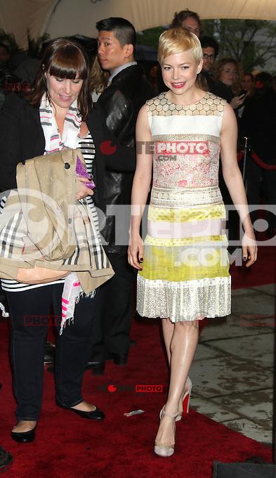 April 22, 2012 Michelle Williams asiste al estreno de Take This Waltz en el Festival de Cine de Tribeca en el 2012 BMCC/TPACAMC en Nueva York.<br /> Foto:&copy;*RW/*Mediapunch/NortePhoto.com*)<br /> **SOLO*VENTA*EN*MEXICO*