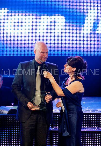 Koen Van Impe winning the award for best male actor at the Vlaamse Musicalprijzen ceremony (Belgium, 28/09/2010)