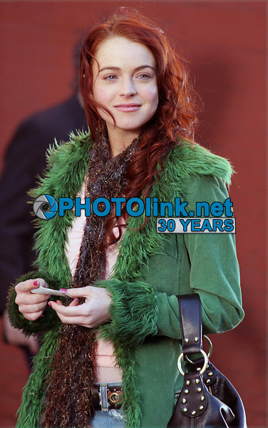 "LINDSAY LOHAN ON LOCATION FILMING ""JUST MY LUCK"", NEW YORK CITY. 03-29-2005 <br /> Photo By John Barrett/PHOTOlink"