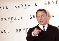 """20121026 ROMA-SPETTACOLI: DANIEL CRAIG IN  """"SKYFALL"""" DI SAM MENDES, IL NUOVO JAMES BOND OO7"""
