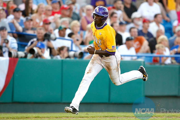 24 JUNE 2009:  Jared Mitchell (3) of Louisiana State University races towards home plate against the University of Texas during the Division I Men's Baseball Championship held at Rosenblatt Stadium in Omaha, NE.  LSU defeated Texas 11-4 for the national title.  Jamie Schwaberow/NCAA Photos