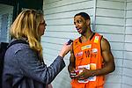 S&ouml;dert&auml;lje 2014-01-03 Basket Basketligan S&ouml;dert&auml;lje Kings - Bor&aring;s Basket :  <br /> Bor&aring;s James &quot;JJ&quot; Miller  ska skicka ett sms till en sl&auml;kting under en intervju med Expressen reporter efter matchen<br /> (Foto: Kenta J&ouml;nsson) Nyckelord:  portr&auml;tt portrait