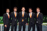 08-02-12, Netherlands,Tennis, Den Bosch, Daviscup Netherlands-Finland, Official Dinner, Team, v.l.n.r.: debutant Jean-Julien Rojer, kopman Robin Haase, Thiemo de Bakker, Jesse Huta Galung en Captain Jan Siemerink.