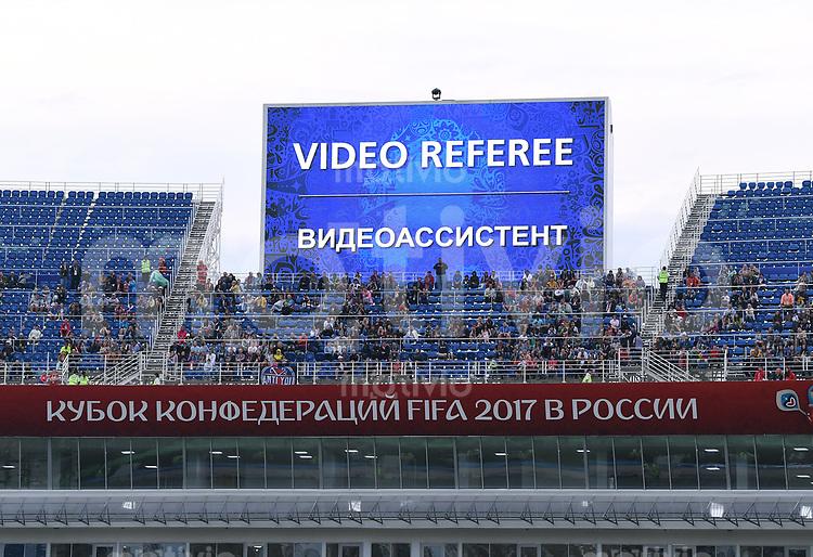 FUSSBALL FIFA Confed Cup 2017 Vorrunde in Sotchi 19.06.2017  Australien - Deutschland  Anzeigetafel mit der Anzeige: VIDEO REFEREE, der TV Schiedsrichter greift ein