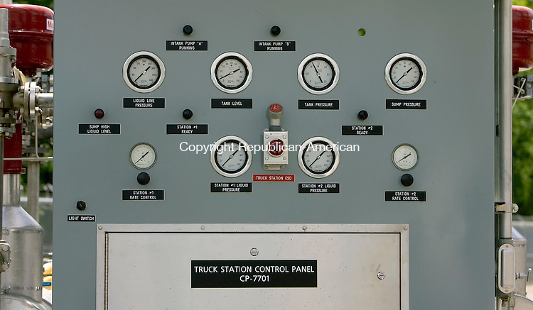WATERBURY, CT--29 JUNE 2007--062907JS13-A truck station control panel at the Yankee Gas liquefied natural gas facility in Waterbury on Friday. Yankee Gas has begun the long task of filling the 1.5 billion cubic feet tank. It is expected to be filled by late October. <br /> Jim Shannon/Republican-American