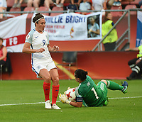 20170719 - UTRECHT , NETHERLANDS : English Jodie Taylor (L) and Scottish Gemma Fay (R)  pictured during the female soccer game between England and Scotland  , the frist game in group D at the Women's Euro 2017 , European Championship in The Netherlands 2017 , Wednesday 19 th June 2017 at Stadion De Galgenwaard  in Utrecht , The Netherlands PHOTO SPORTPIX.BE | DIRK VUYLSTEKE