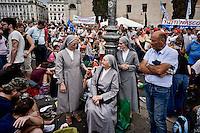 Roma 20 Giugno 2015<br /> Family Day &ldquo;Difendiamo i nostri figli&raquo;, manifestazione nazionale organizzata in piazza San Giovanni, &quot;per riaffermare il diritto di mamma e pap&agrave; a educare i figli e fermare la colonizzazione ideologica della teoria Gender nelle scuole e nel Parlamento&quot;<br /> Rome June 20, 2015<br /> Family Day &quot;We defend our children,&quot; national demonstration organized in Piazza San Giovanni, &quot;to reaffirm the right of mom and dad to educate their children and stop the colonization of ideological of the theory Gender in schools and in the Parliament&quot;.