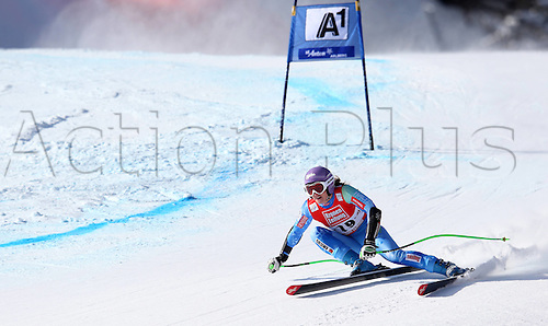 13.01.2013. St Anton, Austria.  Ski Alpine FIS World Cup Super G for women Picture shows Tina Maze SLO