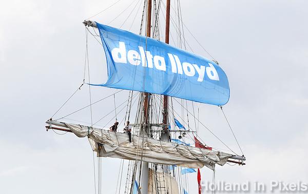 Nederland Amsterdam 2015 08 20 . Sail Amsterdam. Tall Ships zijn op weg naarAmsterdam. Reclame voor Delta Lloyd
