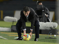 BOGOTÁ -COLOMBIA-01-11-2014. Juan Carlos Osorio técnico de Atlético Nacional gesticula durante partido con Fortaleza FC por la fecha 17 de la Liga Postobón II 2014 jugado en el estadio Nemesio Camacho El Campín en Bogotá./ Juan Carlos Osorio coach of Atletico Nacional gestures during the match against Fortaleza FC for the 17th date of Postobon League II 2014 played at Nemesio Camacho El Campin stadium in Bogota. Photo: VizzorImage / Gabriel Aponte / Staff
