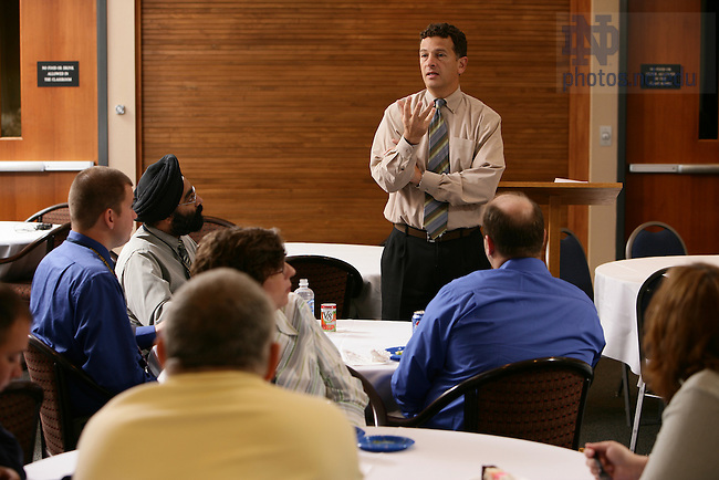 VP of University Relations Lou Nanni speaks to a group of campus supervisors at an Executive Education workshop