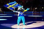 Stockholm 2014-05-03 Ishockey Oddset Hockey Games  Sverige - Finland :  <br /> Sveriges maskot med en flagga innan matchen i samband med ett intro innan matchen<br /> (Foto: Kenta J&ouml;nsson) Nyckelord:  Oddset Hockey Games Sverige Swe Tre Kronor Finland Fin Globen Ericsson Globe Arena