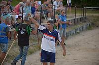 FIERLJEPPEN: WINSUM: 21-07-2018, Ysbrand Galama wint met 20.42 meter, ©foto Martin de Jong