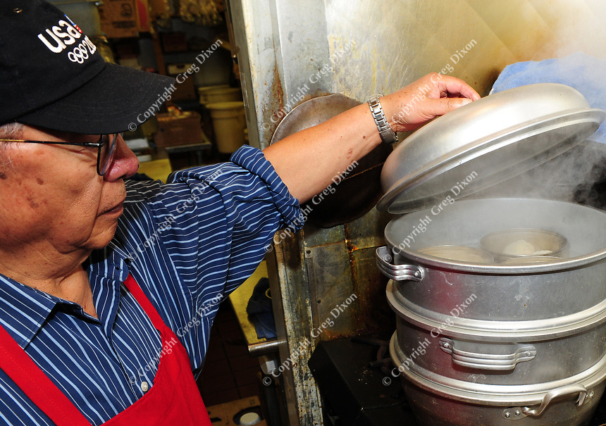 John Pei steams northern Chinese dumplings at Yen Ching restaurant