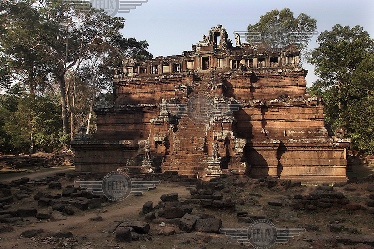 Historic site Ankor Wat. Tempels popular with tourists