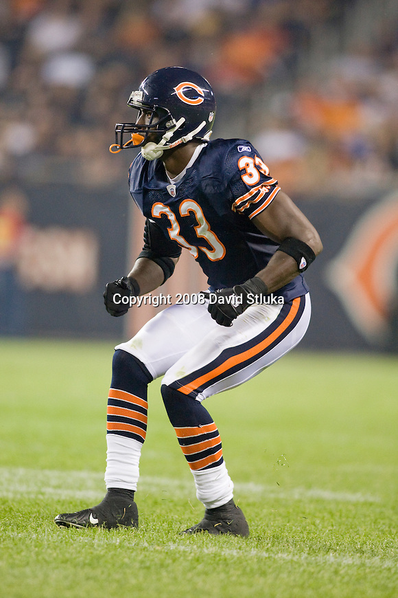 Defensive back Charles Tilman #33 of the Chicago Bears plays defense against the San Francisco 49ers at Soldier Field on August 21, 2008 in Chicago, Illinois. The 49ers defeated the Bears 37-30. (AP Photo/David Stluka)