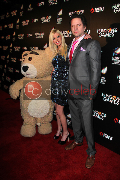 Tara Reid, Jamie Kennedy<br /> at &quot;The Hungover Games&quot; Premiere, TCL Chinese 6, Hollywood, CA 02-11-14<br /> David Edwards/Dailyceleb.com 818-249-4998