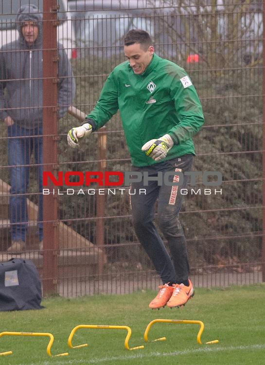 23.01.2014, Trainingsgelaende, Bremen, GER, 1.FBL, Training Werder Bremen, im Bild Raphael Wolf (Bremen #20)<br /> <br /> Foto &copy; nordphoto / Frisch